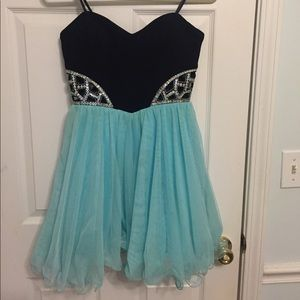 🦋 Strapless Dress-Homecoming or pageant ❤️